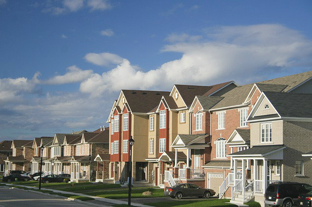 townhomes are ineligible for reverse mortgages